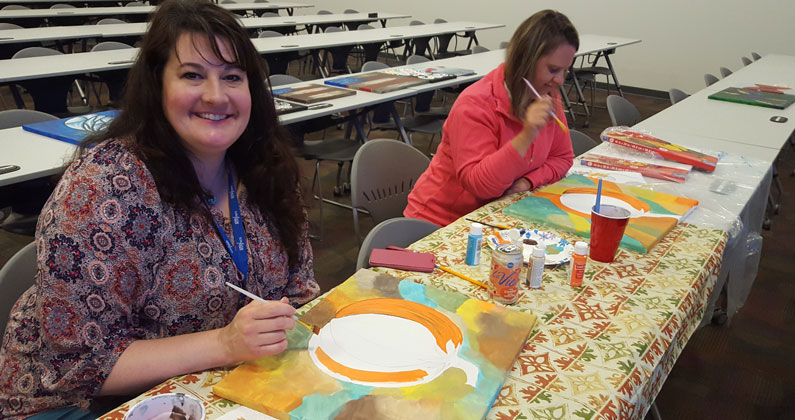 Faculty and staff at Georgia Campus - Philadelphia College of Osteopathic Medicine recently had the opportuniy to participate in art classes.
