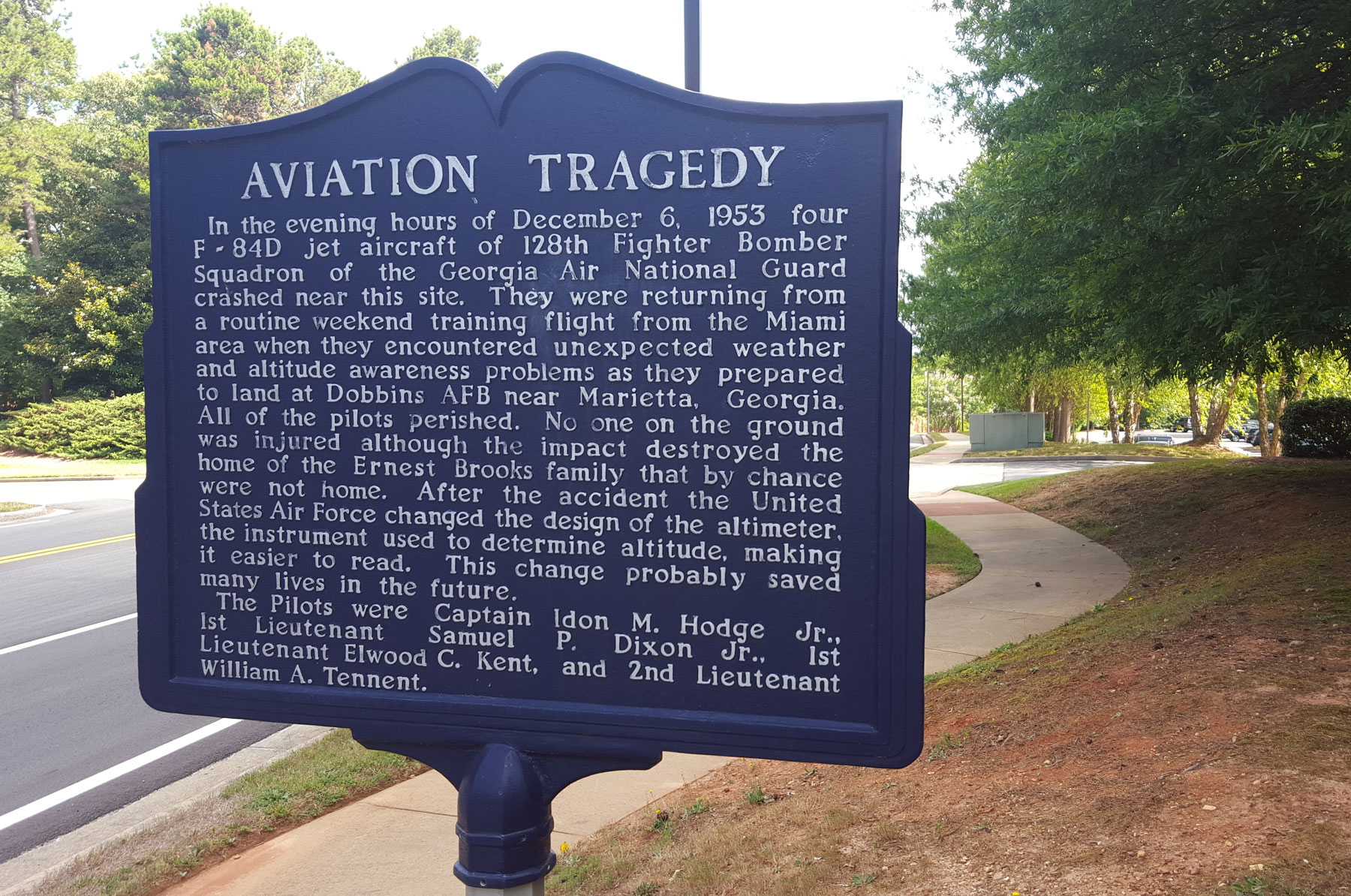 An avaition tragedy near Georgia Campus - Philadelphia College of Osteopathic Medicine prompted the United States Air Force to redesign aircraft altimeters.