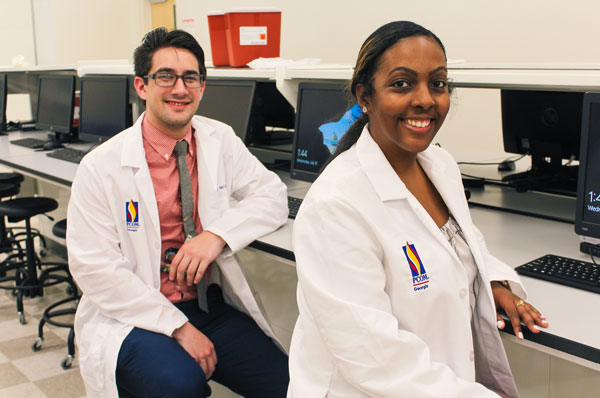 Pharmacists Begin PGY-1 Residency at PCOM Georgia