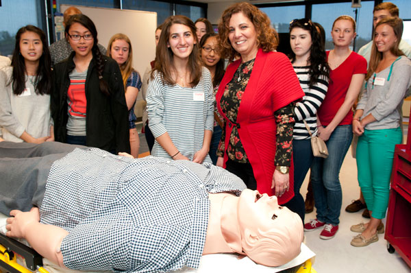 PCOM Hosts High Schoolers Interested in Medicine